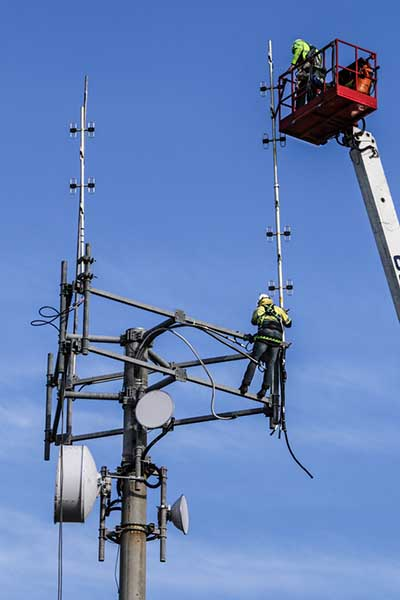 GRN Technicians upgrade the Noarlunga site